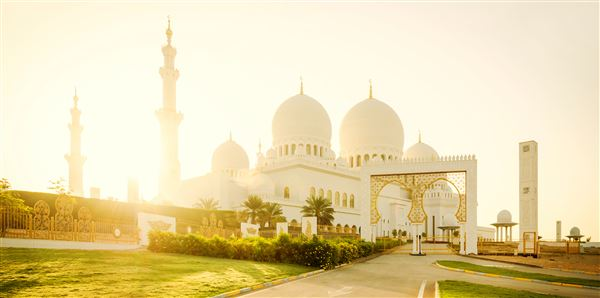 Essential Abu Dhabi Tours and short breaks holiday experience