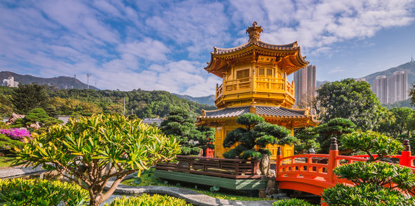 The Langham Hong Kong Independent, short breaks and luxury holiday experience