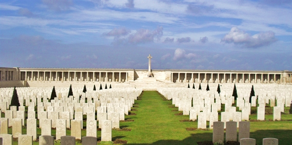 Anzac Day on the Somme Tours holiday experience