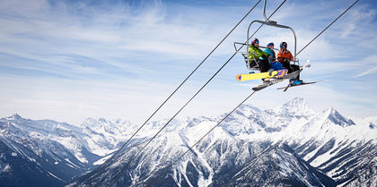 Stay & Ski Panorama Tours, couples and ski holiday experience
