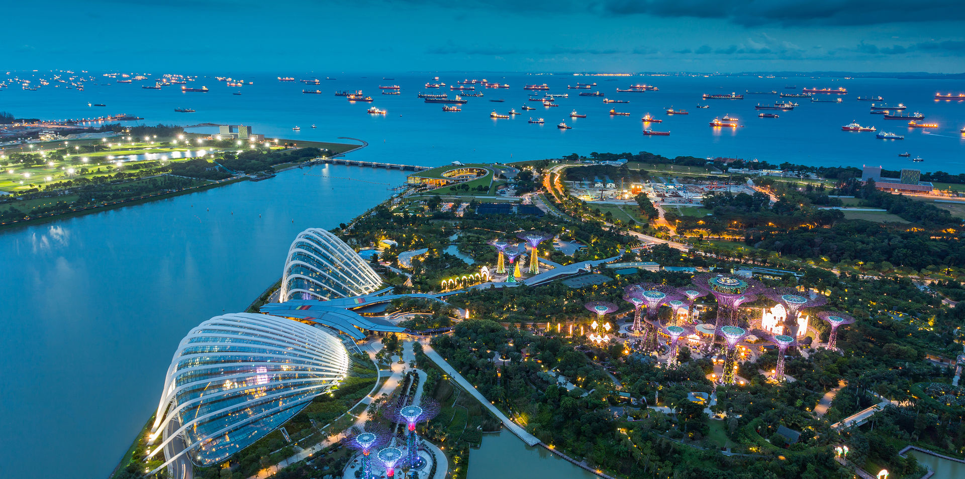 Fly to Singapore with Singapore Airlines